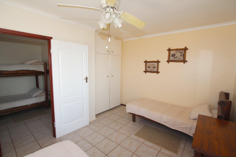 penguinmainbedroom3